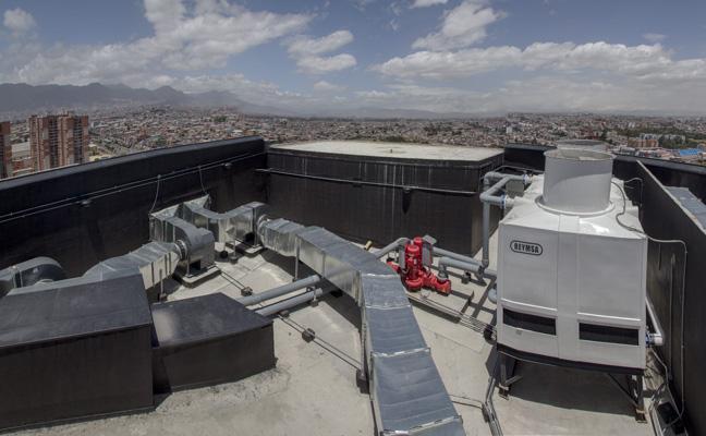 Ventilación Mecánica Centro Comercial Titan
